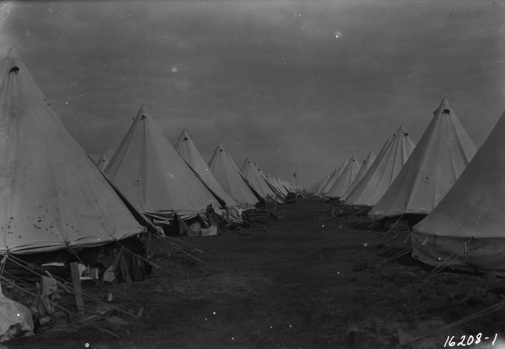 Photo of tents at Valcartier Camp